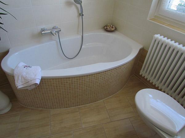 badewannen design ablage. Black Bedroom Furniture Sets. Home Design Ideas